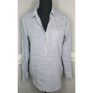 Gap blue and white striped shirt